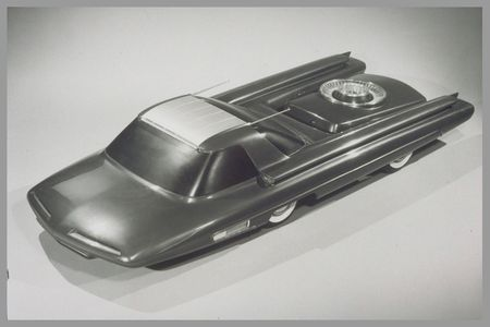 Ford-Nucleon-Concept-Cars.jpg